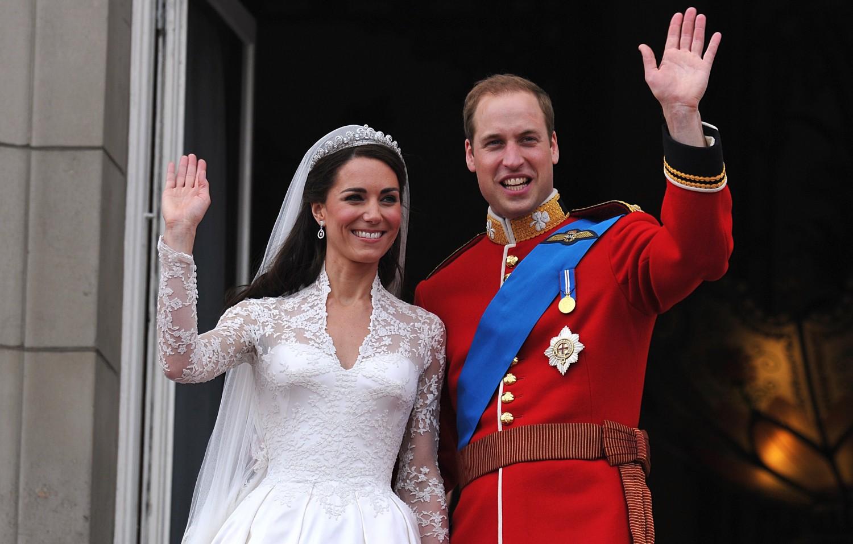 Prins Henrik valgte sin forlovedes kjole | BT Royale bt.dk